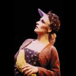 Isabella Kragerup i Honk! Den grimme ælling, Nørrebros Teater (Foto: Simon Hem)